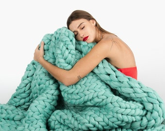 Giant Knitted Merino Wool Blanket, Gifts, unspun wool blanket, Knitted blanket, Chunky blanket, super bulky blanket, Bulky Gift, Mint