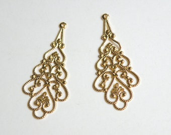 10 Filigree scalloped teardrop connector links gold finish steampunk component 41x18mm DB35804