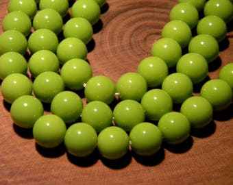 20 baked glass - 8 mm - smooth beads-pistachio green shiny bright PG126 5