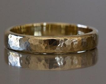 Hammered Gold Ring, Mens Hammered Wedding Ring, Rustic Wedding Ring, Mens Wedding Band, 14k Hammered Ring, Mens Hammered Wedding Band