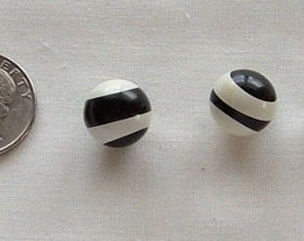 Vintage Round Black and White Lucite Shank Buttons, black, white,shank back, bumblebee button, vintage button, sewing, crafting, quilting