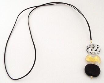 long pendant necklace, black white pendant necklace, Long statement pendant, Glass pendant necklace, 3 glass beads pendant