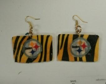 Small steelers earrings