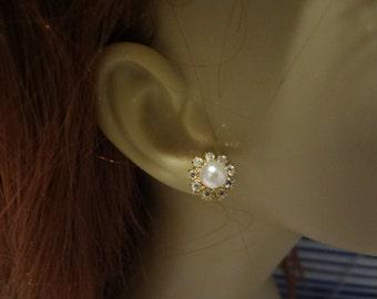 Weddings Accessories rhinestone stud, bridal earrings, gold earrings, petite pearl stud earrings