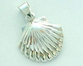 Scallop Sea Shell  Pendant 925 Sterling Silver For Chain Necklace
