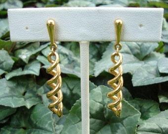 Vintage Trifari Goldtone Double Spiral Dangle Clip On Earrings - Trifari Dangle Earrings - Crown Trifari Earrings - Trifari Clip On