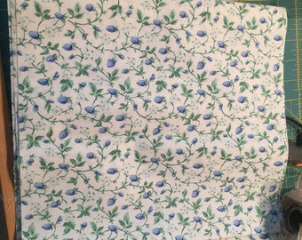 Cotton Calico Remnant 22 x 11 Stark White with Blue Floral Green Vines