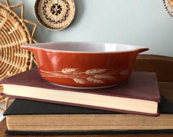 Pyrex Autumn Harvest 471 Casserole Dish