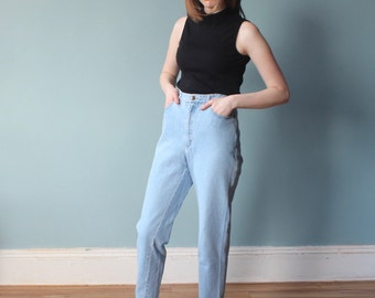 stone washed DKNY jeans | light blue high waisted jeans | medium