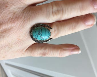 lucky horseshoe ring with 13x18 turquoise cabochon