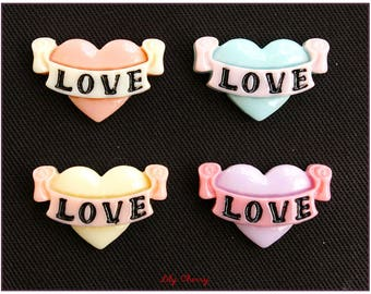 "Cabochon heart banner ""LOVE"" pinup x 1"