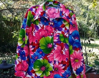 1960s Polyester Womens  Blouse, Flower Power pointed collar blouse, Womens retro button up shirt, Hippie, Flower Power, sz. M/L