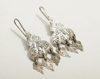Classic vintage silver Moroccan khamsa dangle earrings
