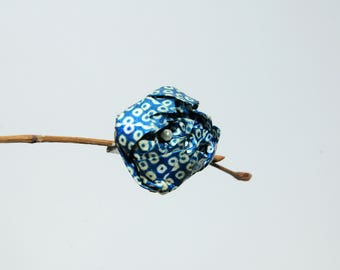 """Origami brooch """"Blue Rose to carnations"""""""