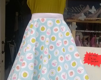 Beautiful 1950s/60s vintage inspired full circle skirt