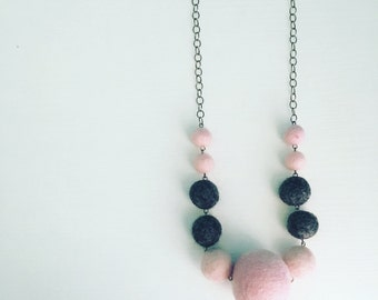 Berwyn Felt Necklace in Light Pink / Charcoal Grey, Long Layering Necklace, Color Block, Graduated Necklace, Necklace for Wife, Gift for Mom