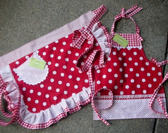 Aprons - Mommy and Me Aprons  - Red Dot Aprons - I Love Lucy Aprons - Mother - Daughter Matching Aprons - Annies Attic Aprons - Girls Aprons