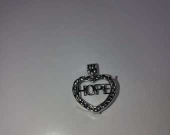 Hope Pearl Locket with oyster