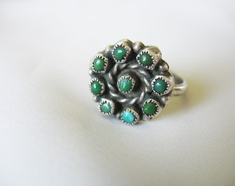 Petit Point Turquoise Ring, Round Design, Snake Eye , Native American, Navajo, 1940s, Size 9, Sterling Silver, Aged Patina