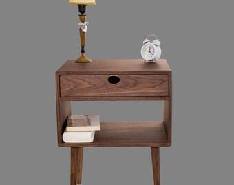 Bedside table Walnut/oak solid 1G1C Mind Century