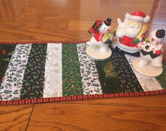 Christmas table topper, Table runner,Toilet Topper, Christmas Deco.