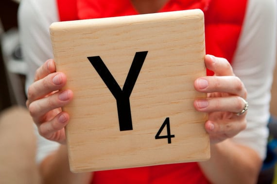 Oversized Scrabble Tiles DIY Vinyl Decal For Tile - How to make vinyl decals by hand