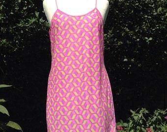 Vintage 1960s, 1970s psychedelic patterned full slip, petticoat. Underwear, lingerie.