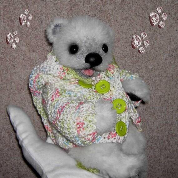 Schnittmuster/Pattern für Baby Eisbär Esmey ca.20cm