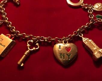 RARE Vintage Bloomingdales - I Love NY - charm bracelet