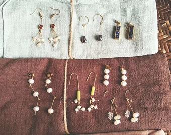 Copper Earrings,Wire Wrapped Handmade Earrings. Handmade Pearl Jewelry.