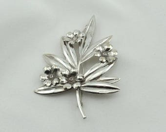 Lovely 1930's Era Vintage Sterling Silver Flower Brooch FREE SHIPPING!  #LGFLOWERS-BR3