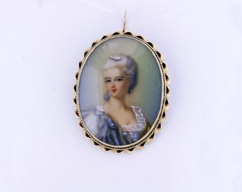 14K Gold Convertible Oval Brooch/Pendant Hand painted Female Figure