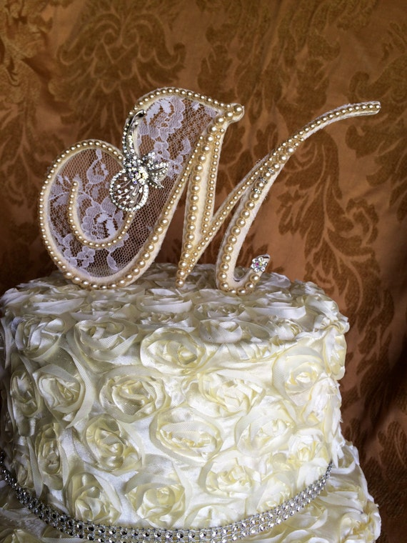 pearl brooch for wedding cake items similar to custom monogram pearl wedding cake 18163