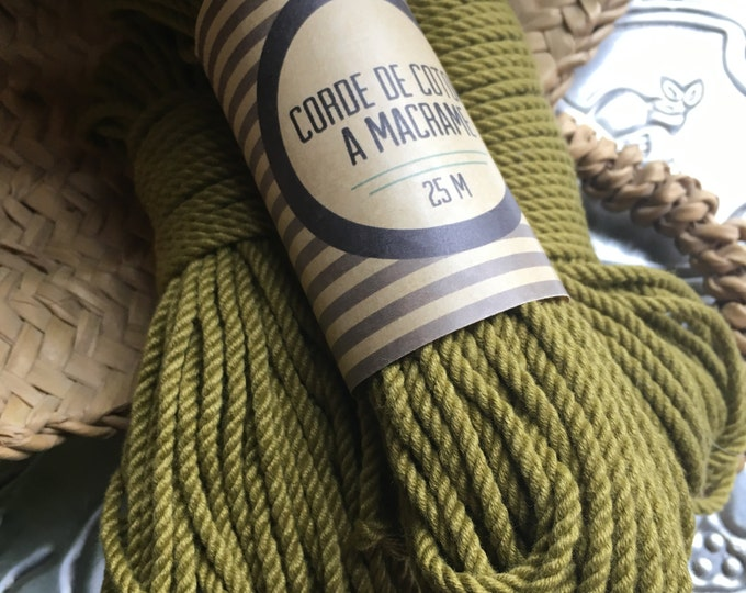 Skein ( 100 ft) 30 meters of cotton cord for macrame , diameter 3mm ( 9 ga), made in france GREEN KHAKI