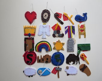 25 felt Jesse Tree Ornaments for Advent and Christmas - our 'Bead and Sequin' set (Version 3)