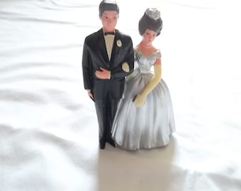 Vintage Wilton - Chicago Bride and Groom Cake Topper MAde in Hong Kong, Hard Plastic