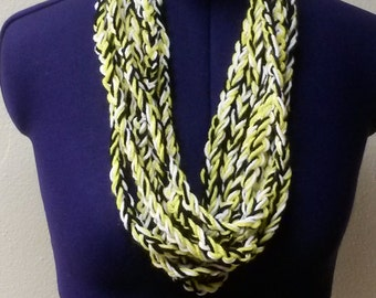 Black Yellow and White Chain Scarf