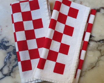 2 Vintage Checkerboard Diner Cloth NAPKINS Red & White