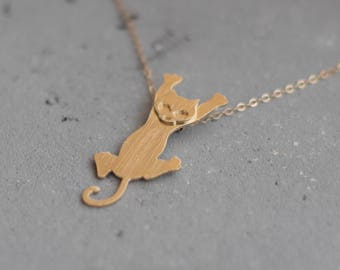 Hanging Cat Necklace , Kitty Necklace , Cat lover necklace , Gold Cat Necklace, Cat Charm, Cat Pendant, Hanging Cat Jewelry, Kitten Necklace