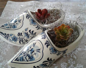 Pair of vintage wooden shoes....made in Holland...Blue delft pattern.....child size