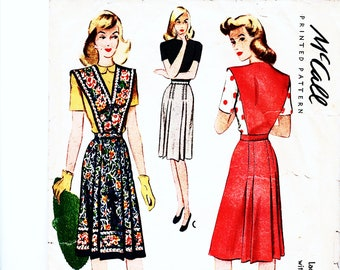 1940s Vintage Sewing Pattern Skirt with Detachable Bib Bust 32 Waist 26 McCalls Jumper Dress 40s