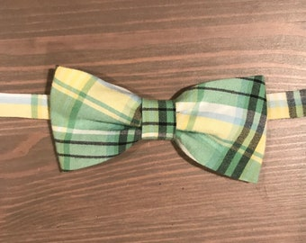 Green and yellow plaid boys bow tie
