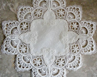 "15"" Doily White Lace SET Of 2"