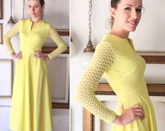 Vintage 60s Yellow Dress with Zigzag Lace Sleeves - Free Ship