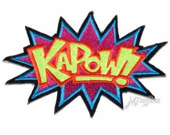 Neon KAPOW Comic Book woorden opstrijkbare borduurwerk Patch MTCoffinz