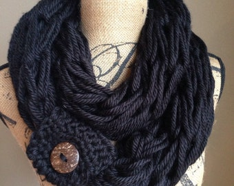 Gift for her Chunky arm knitted scarf, black infinity scarfs, gifts for mom,circular scarf, knitted cowl, women scarves