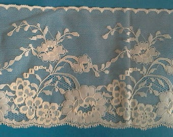 Extra Wide White Floral Net Lace Sewing Trim 3 Yards by  5 1/4 Inches Wide L0644