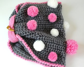 Neck of wool with pompons - Wool Neckwarmer with pompons