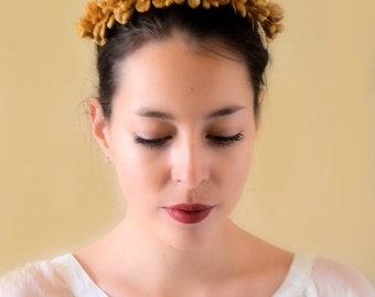 Fascinator bride, porcelain, old gold or white, hair vine, wedding