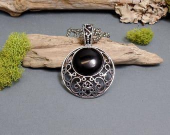 Black Agate Moon Necklace - Black Pendant Moon - Gemstone Necklace - Crescent Moon Necklace